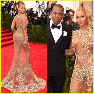 Beyonce Is Working the Met Gala 2015 Red Carpet & She Looks Unbelievable!