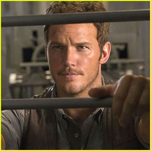 Chris Pratt Apologizes for 'JurassicGate' Before it Happens