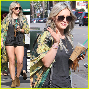 Hilary Duff Says Falling in Love on Tinder Would Be 'Story of the Year'