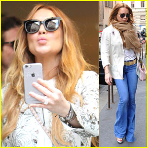 Lindsay Lohan Spends a Sunny Day in Italy Shopping