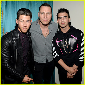 Nick Jonas Reveals Dates for 'Live in Concert' Fall Tour