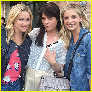 Reese Witherspoon, Selma Blair, & Sarah Michelle Gellar Have Epic 'Cruel Intentions' Reunion