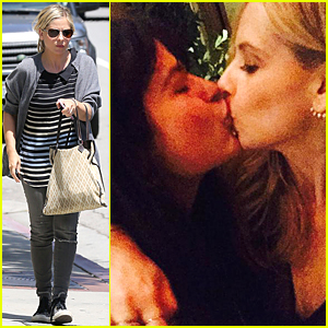 Sarah Michelle Gellar Is Still Thinking About 'Cruel Intentions' Kiss With Selma Blair