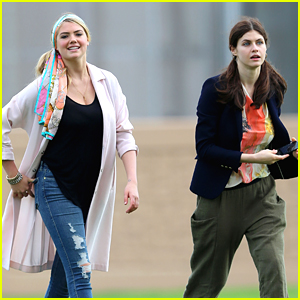 Photo of Alexandra Daddario & her friend model  Kate Upton - United States