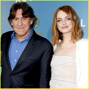 'Aloha' Director Cameron Crowe Apologizes For Controversial Casting of Emma Stone as a Half Asian Character