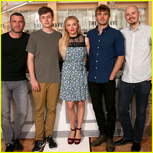 who is dating nick robinson Nick robinson is an american  nick robinson biography, acting career, age,  there has been a lot of rumors floating around as to who exactly nick is dating.