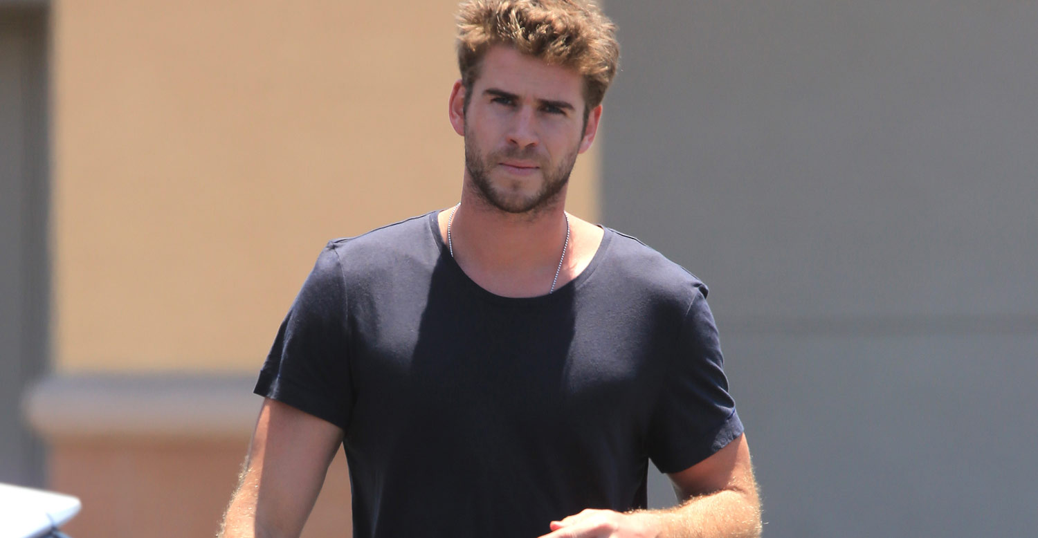 Liam Hemsworth Steps Out After His Teen Choice Nom | Liam ...