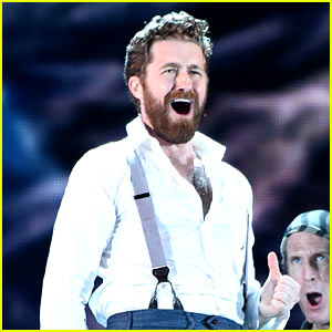 Matthew Morrison Is 'Stronger' Than Ever at Tony Awards 2015!