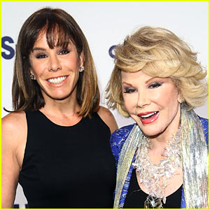 Melissa Rivers Joins 'Fashion Police' in Mom Joan's Seat!