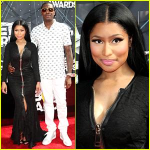 Nicki Minaj & Boyfriend Meek Mill Hit the Carpet Before Their BET Awards 2015 Performance!