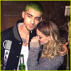 Zayn Malik Debuts New Green Hair Alongside Perrie Edwards!