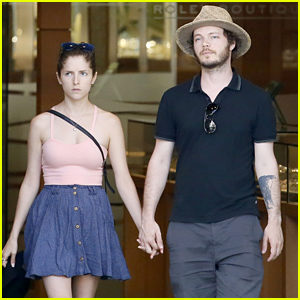 Anna Kendrick & Bo... Anna Kendrick Boyfriend