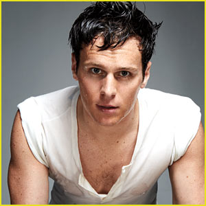 Jonathan Groff Calls Out Madonna for Texting at His Show