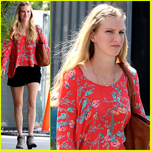 Heather Morris Steps Out After Revealing She's Pregnant