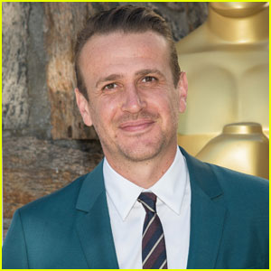 Jason Segel Says Jesse Eisenberg is a 'Superior Intellect'