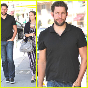 John Krasinski Grabs Lunch With a Pal In Beverly Hills