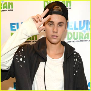 Justin Bieber Enlists Kate Hudson, Kendall Jenner, & More to Help Promote 'What Do You Mean'