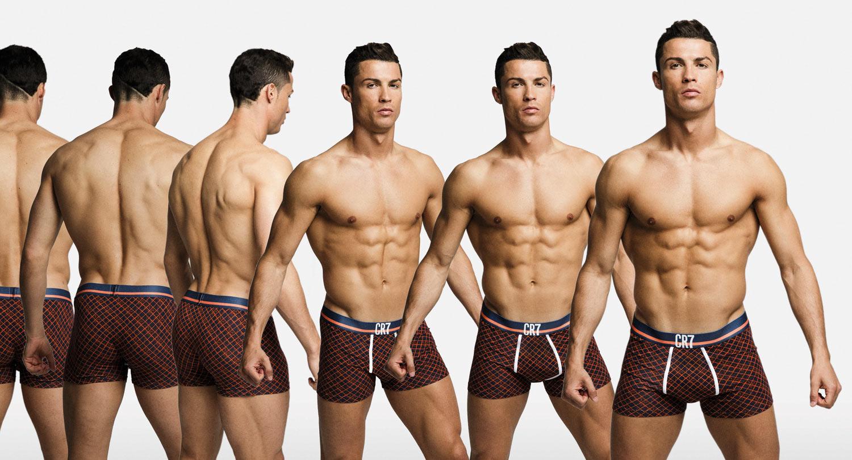 Роналдо голый без трусов 24 фотография