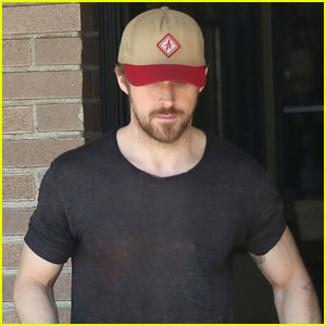 Ryan Gosling Hits His Favorite Lunch Spot in His Favorite Outfit