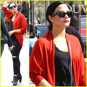 Demi Lovato Plays Big Sean's 'Mona Lisa' While Visiting The Actual Mona Lisa in Paris