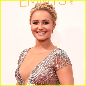 Hayden Panettiere Suffered from Postpart