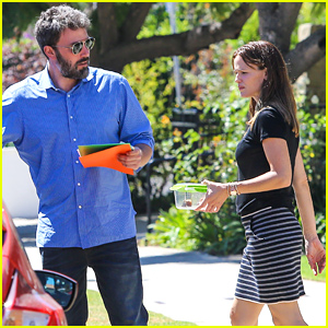 Ben Affleck & Jennifer Garner Spend Sunday with Their Kids
