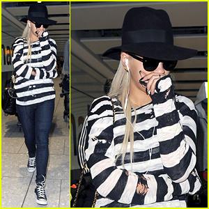 Rita Ora Heads Back To London Following VMAs Weekend