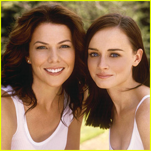All you Need to Know About the 'Gilmore Girls' Revival Here!