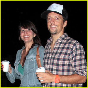 Jason Mraz Marries Christina Carano - See the Pic!