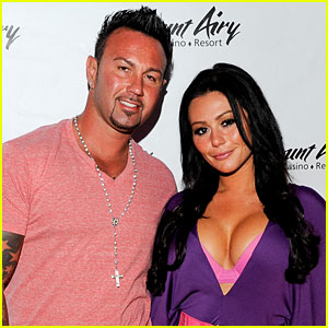 Jenni 'JWoww' Farley Announces Pregnancy at Her Wedding!