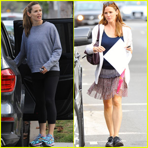 Jennifer Garner Goes Makeup-Free for Mid-Week Errands