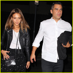Jessica Alba Makes a Sweet Treat With The Help Of Haven