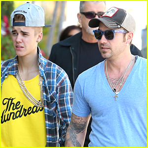 Justin Bieber's Dad Makes Awkward Joke