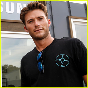 Is Scott Eastwood Dating Charlotte McKinney? A Source Weighs In!