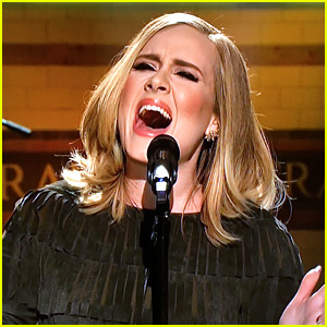 Adele Performs 'Hello' Live on 'SNL' (Video)