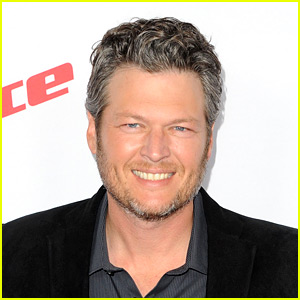 Blake Shelton Will Host the Kids' Choice Awards 2016