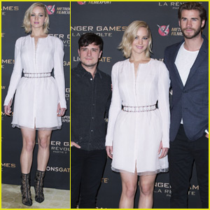 Jennifer Lawrence Promotes 'Mockingjay Part 2' in Paris With Liam Hemsworth & Josh Hutcherson
