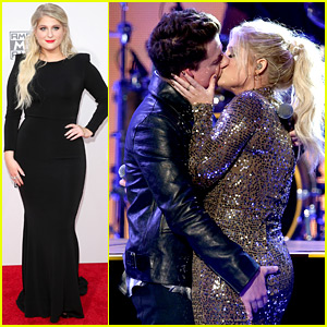 Meghan Trainor & Charlie Puth Make Out at AMAs 2015 (Video)