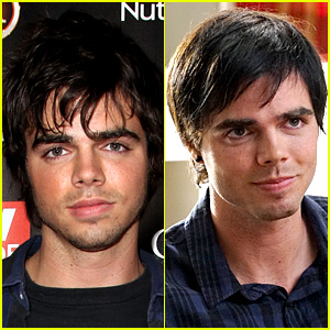 Modern Family's Reid Ewing Admits to Plastic Surgery Addiction Due to Body Dysmorphia
