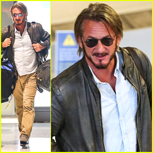 Sean Penn Carries His Own Bags Upon Paris Arrival
