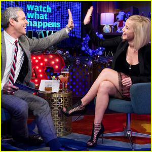 Jennifer Lawrence Admits to Kissing Liam Hemsworth Off Camera!
