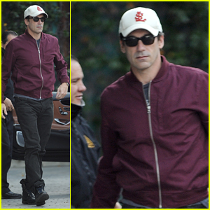 Jon Hamm Heads to Meetings After Golden Globe & SAG Noms