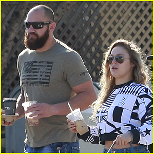 Ronda Rousey & Boyfriend Travis Browne Enjoy Coffee Break