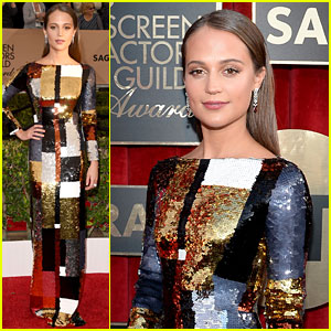 Alicia Vikander Goes Solo at SAG Awards 2016 Sans Boyfriend Michael Fassbender