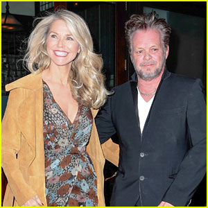 Christie Brinkley Celebrates 62nd Birthday Looking So Youthful!