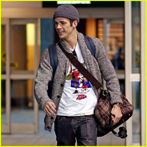 Grant Gustin Returns to Canada After Shooting 'The Flash' & 'Supergirl' Crossover