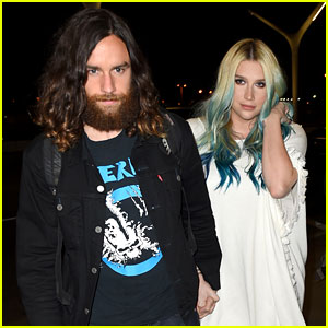 Kesha Heads to the Bahamas with Boyfriend Brad Ashenfelter
