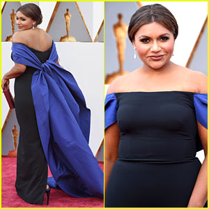 Mindy Kaling Wears Long Train on Oscars 2016 Red Carpet