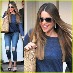 Sofia Vergara Indulges in Chocolate Cake to End the Week