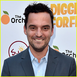 New Girl's Jake Johnson Joins 'The Mummy' Reboot!